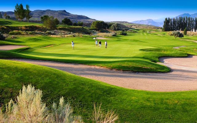 Osoyoos Golf Club  Specials