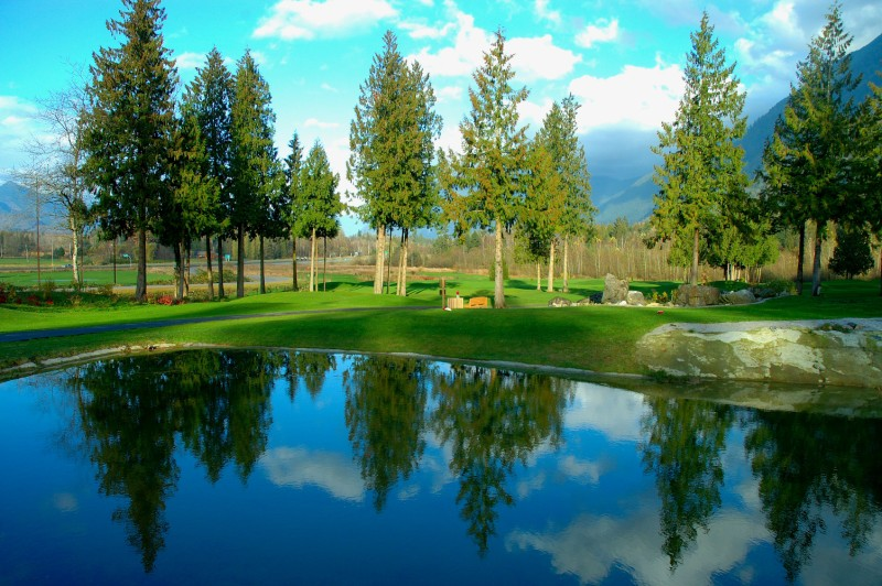 Bridal Falls Golf Club Specials