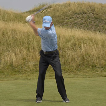 Master the Effortless Golf Swing with this Key Move