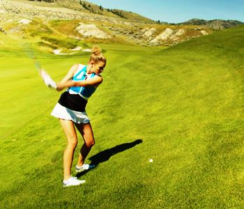 How to play a ball above your feet at Tobiano